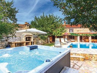 3 bedroom Villa in Šajini, Istria, Croatia : ref 5520413