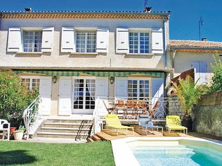 4 bedroom Villa in Tulette, Auvergne-Rhone-Alpes, France : ref 5522410