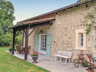 3 bedroom Villa in Chassaignes, Nouvelle-Aquitaine, France : ref 5521920