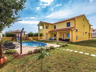 4 bedroom Villa in Medulin, Istria, Croatia : ref 5520570