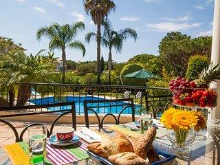 6 bedroom Villa in Quinta do Lago, Faro, Portugal : ref 5479957