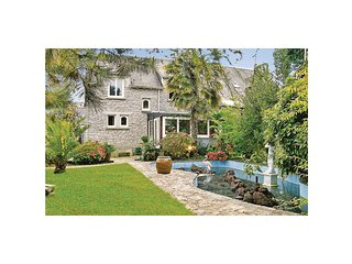 5 bedroom Villa in La Foret-Fouesnant, Brittany, France : ref 5522065