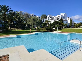 36745-Groundfloor apartment in Puerto Banus