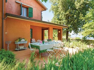 5 bedroom Villa in Collemontanino, Tuscany, Italy : ref 5523609