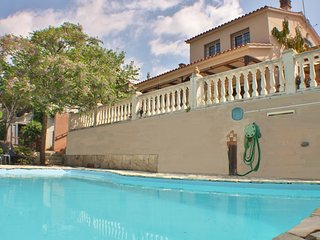 CM445 - Holiday villa with pool and internet just 11 minutes from the beach of S