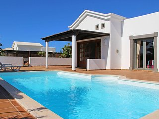 Lovely two bedroom villa in Playa Blanca