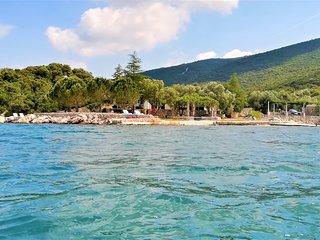 Vacation Villa with a private beach in Croatia at Dubrovnik Riviera