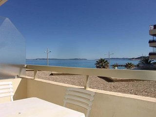 Rental Apartment Le Lavandou, studio flat, 4 persons
