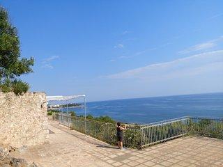 Trulli del Salento, natura  mare  e relax, tra Torre Vado e Leuca
