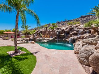 Resort-style Living Redefined! This Backyard Paradise Is Truly Extraordinary!