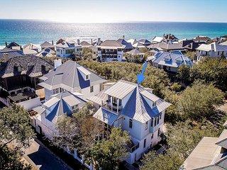 Chloe's Cottage - Amazing Rosemary Beach Home - 1 Minute Walk to the Beach