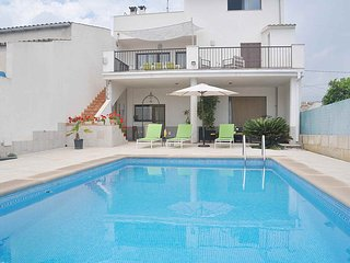 Casa de Pueblo S'Aigua con piscina privada en LLubi