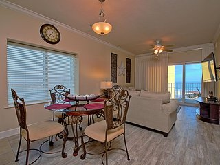 Seawinds Beachfront Luxury Condo 401
