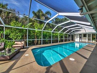 Directly on Siesta Key Beach - Private Luxury Siesta Key Beach House with Pool