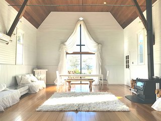 Gorgeous Converted Church 7m from Blue Derby Mt Bike Track