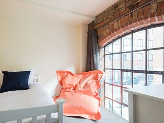 Trendy converted warehouse townhouse in Birmingham's Jewellery Quarter