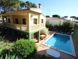 5 bedroom Villa in Mas Pinell, Catalonia, Spain : ref 5435561