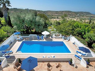 Valverde Villa Sleeps 21 with Pool Air Con and WiFi - 5624579