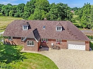 Spacious country home in West Sussex