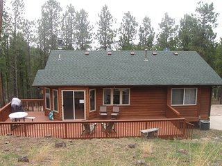 The Omega Close the Lake Pactola! Centrally located to attractions!