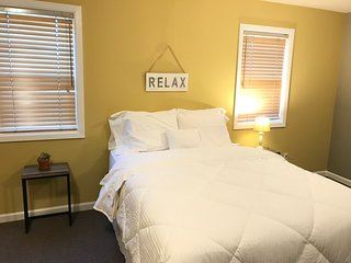 Cozy Loft in Downtown Hopland Walking Distance to Wine Tasting and Coffee