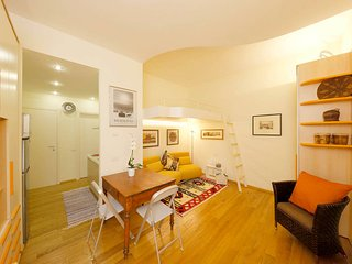 Charming studio flat in the center of Siena