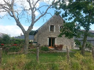Les Guyonnieres - A rural gite with 4 bedrooms, 2 bathrooms