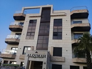 Al-Qimah Elegant Modern 2 Bedrooms Apartment in Amman Free Wifi