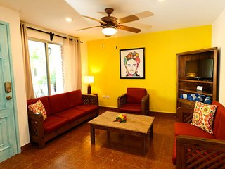 A gem in Cozumel Downtown 3 bedroom Villa. V4