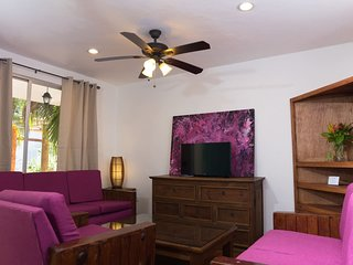 3 bedroom Villa on Vibrant Cozumel Island. V3