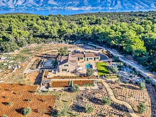 Amazing Finca with 5 bedrooms and heated Pool