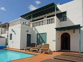 Four Bedroom Private Villa with Pool