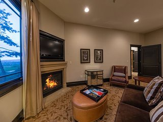 5 Star Ski In/Out Resort - 1 Bed Hotel Residence Up to 60% Off Hotel Rate