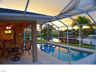 Villa Aruba , Waterfront Family-Home