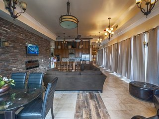 Luxury 4BR City Penthouse by Hosteeva