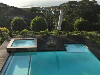 Umhlanga Luxury Dream Villa...180' seaviews