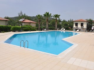 The Village Villas ( shared Pool )
