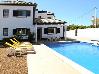 Family villa in a quite area just outside Loule