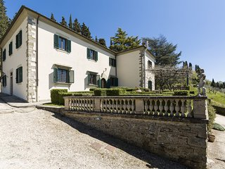8 bedroom Villa in Lastro, Tuscany, Italy : ref 5629208