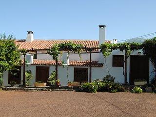 Casa del Cura Viejo (El Ostrero)