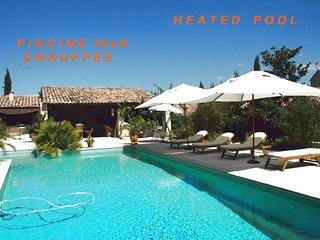 Superbe Villa 300m2 dans le Luberon 12 pers Piscine chauffee