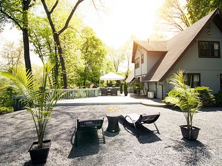 Villa 9W - Hudson Valley Luxury Vacation Home