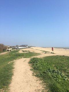 Beach cafe - 10 mins walk from end of garden
