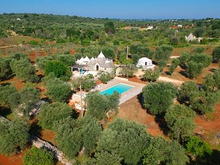 Trullo with private swimming pool in Ostuni