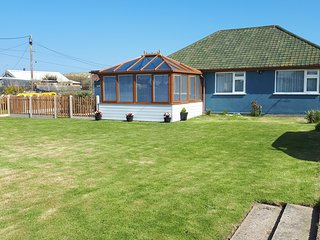 Min-Y-Don Dog Friendly Self Catering Holiday Cottage (Eccles-On-Sea) Norfolk