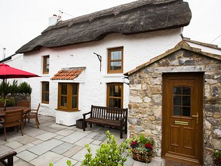 The Bower Cottage, Port Eynon, Gower, 3 bedrooms Holiday Cottage