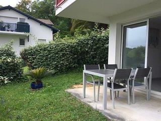 DORZIAT : charmant T2 avec terrasse et jardin