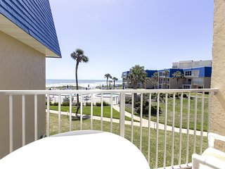 **20% off Memorial Day Week**Paradise Found at Crescent Sandpiper 228