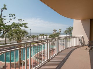 Legacy II Condo w/ Oversized Balcony, Ocean & Pool Views Plus Resort Amenities