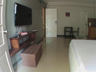 Beinte singko de marso apartment 301